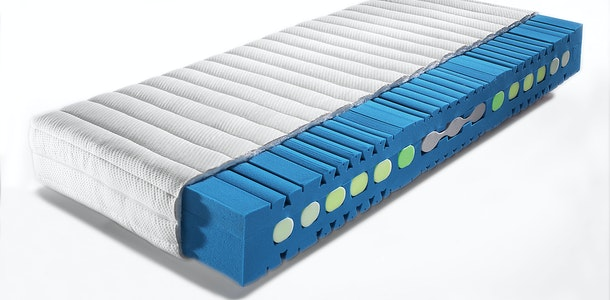 Manufacture of foam mattresses